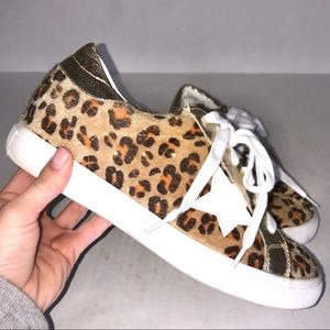 Nature Breeze Leopard Pony Hair Star Sneakers
